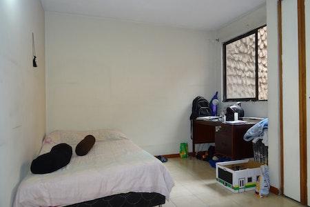 room_1050_2_2019520194925.jpegslide