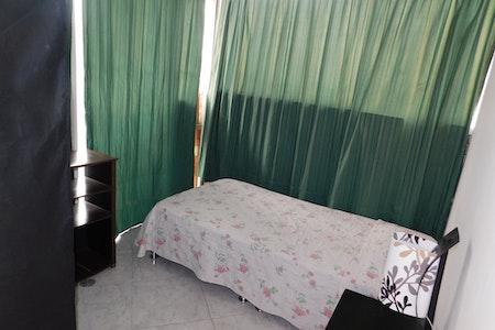 room_1071_2_2019529225558.jpegslide