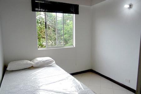 room_1126_2_2019629182021.jpegslide