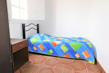 room_1256_0_201976152456.jpegslide