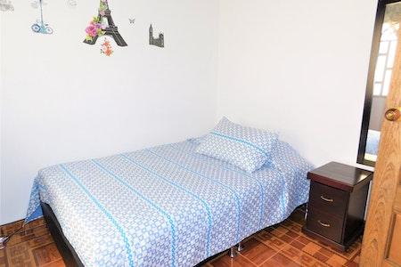 room_1527_1_201985162353.jpegslide
