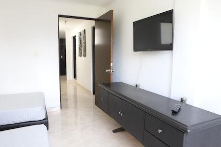 room_1593_1_201991021457.jpegslide