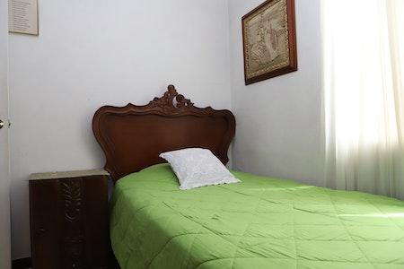 room_1603_2_2019916162342.jpegslide