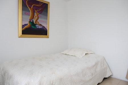 room_1604_1_201991616296.jpegslide