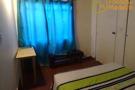 room_177_3.jpegslide