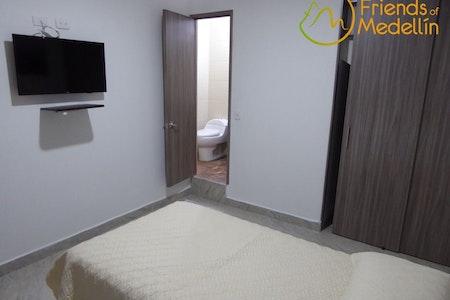 room_235_0.jpegslide