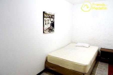 room_283_0_201962816127.jpegslide