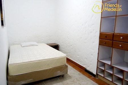 room_283_1_201962816127.jpegslide