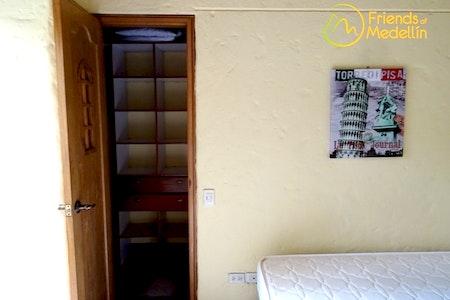 room_286_3_2019628161619.jpegslide