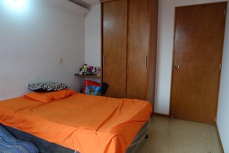 room_395_3.jpegslide