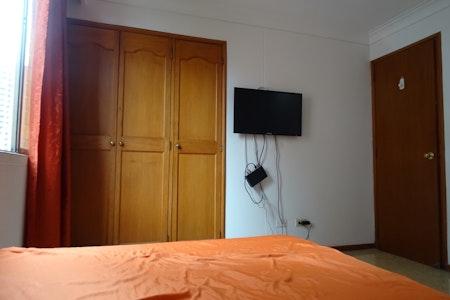 room_410_3.jpegslide