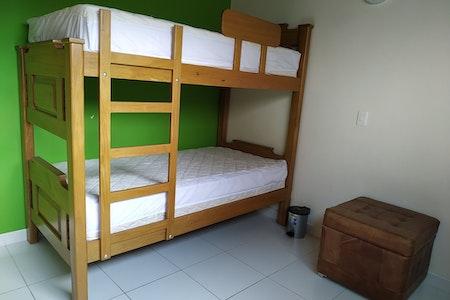 room_452_3_20191024133716.jpegslide