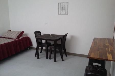 room_459_2.jpegslide
