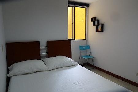room_465_2.jpegslide