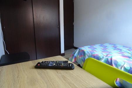 room_472_4.jpegslide