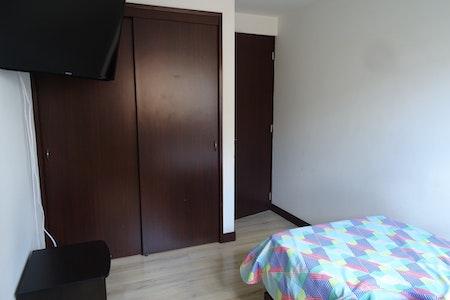 room_472_5.jpegslide
