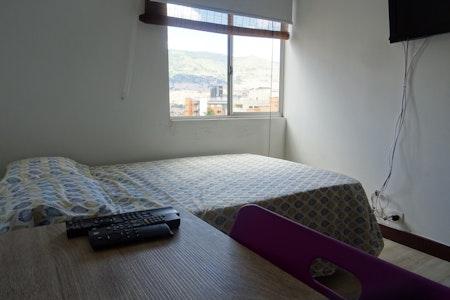 room_473_3.jpegslide