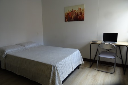 room_474_0.jpegslide
