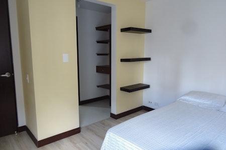 room_474_5.jpegslide