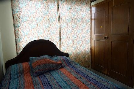 room_476_2.jpegslide