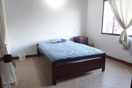 room_492_0_2019629183346.jpegslide
