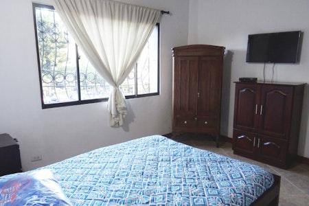 room_492_1_2019629183347.jpegslide