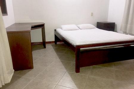 room_492_4_2019629183347.jpegslide