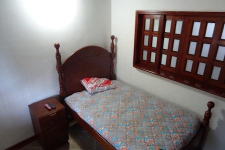 room_493_4.jpegslide