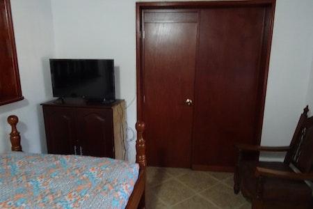 room_493_5.jpegslide