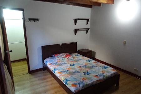 room_494_0.jpegslide