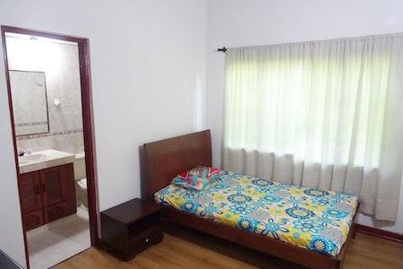 room_495_1_2019629183144.jpegslide