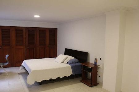 room_542_2_20181031155851.jpegslide