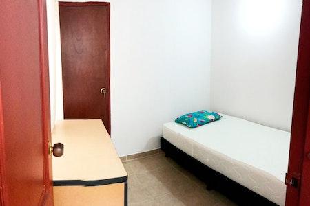 room_680_1_2019629183018.jpegslide