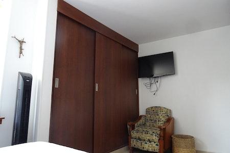 room_797_3_2019124125352.jpegslide