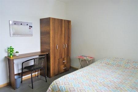 room_812_0_20197443830.jpegslide