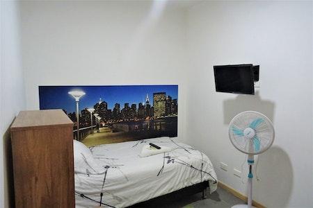room_813_2_20197444710.jpegslide