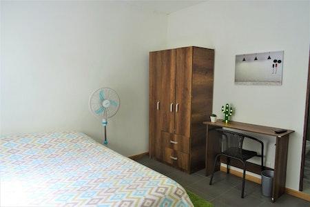 room_815_2_20197443640.jpegslide