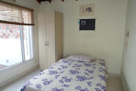room_825_3_2019129103557.jpegslide