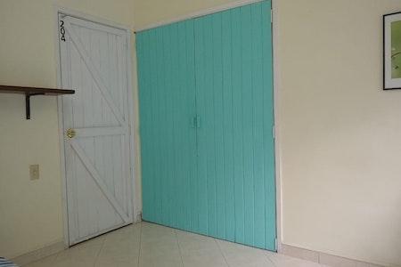 room_826_6_2019102325811.jpegslide