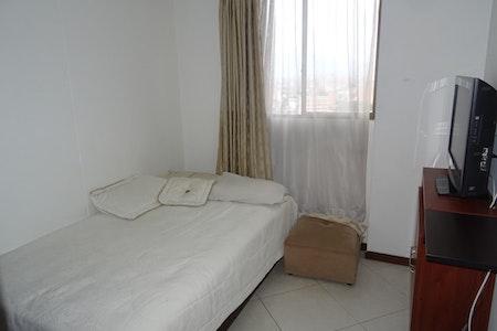 room_900_0_20193893551.jpegslide